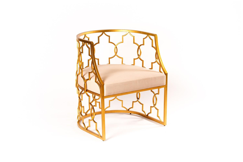Chaise en métal doré - TB3393