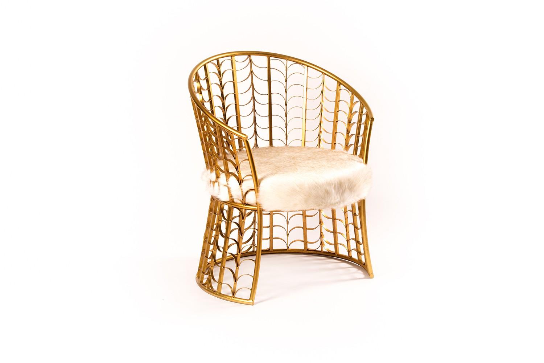 Chaise en métal doré - TB3394